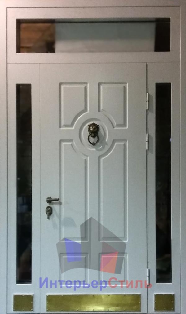 цены на белые входные двери со стеклом